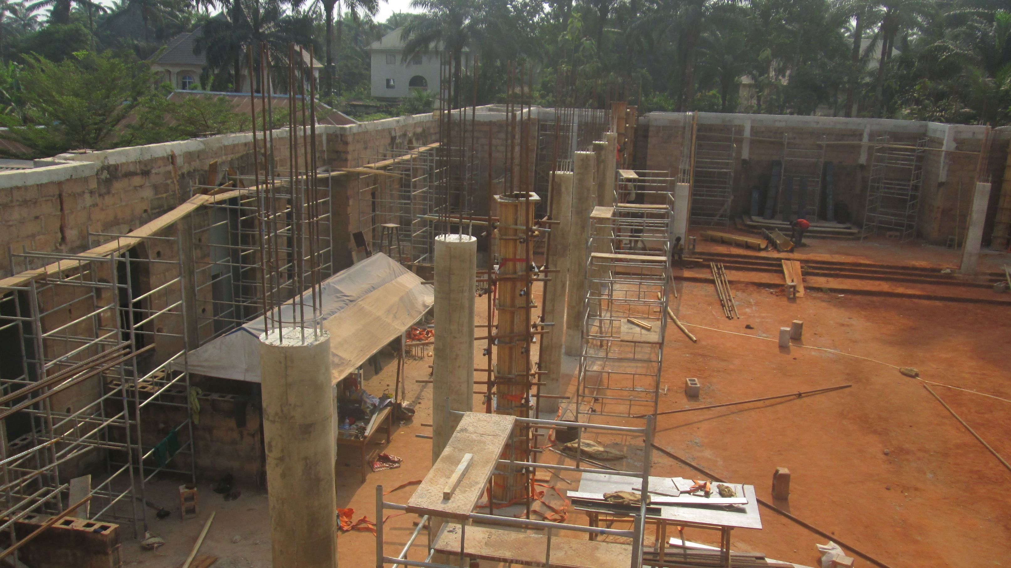 Construction on pillars 1.jpg